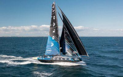 La team du Volvo164 est actuellement 6ème à la course Les Sables-Horta-Les Sables